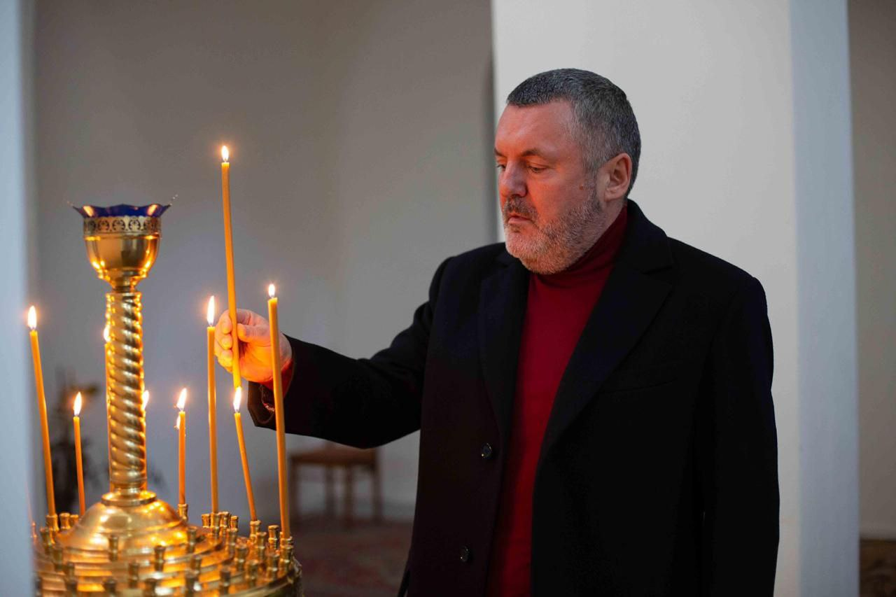 Юрий Ериняк поздравил православных с Воскресением Христовым